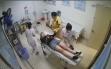 Nữ tài xế lên cơn khó thở trên cao tốc may mắn được CSGT đưa đi cấp cứu kịp thời