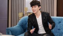 'Vựa muối' Nathan Lee bất ngờ gửi 'tâm thư tới ai đó' giữa 'cơn bão sao kê' của showbiz Việt