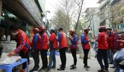Hà Nội: Không cấm 'shipper' bưu chính, siêu thị giao hàng thiết yếu cho người dân