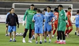 Thầy Park chốt danh sách ĐT Việt Nam đấu Saudi Arabia, em họ Văn Quyến bị gạch tên