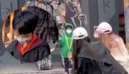 Phản ứng trốn camera của con trai Huỳnh Hiểu Minh, Angela Baby khiến netizen đau lòng