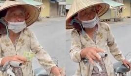 Xót xa clip cụ bà neo đơn, rưng rưng chỉ lấy 100k khi nhận quà cứu trợ mùa dịch