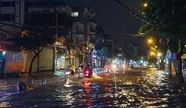 TP.HCM mưa lớn kéo dài kết hợp triều cường, cảnh báo nguy cơ ngập nhiều nơi