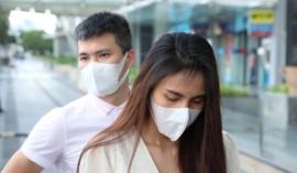 Trước giờ livestream, vợ chồng Thủy Tiên bị 'lật tẩy' từng 'diễn tập' tại ngân hàng trong đêm