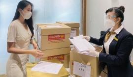 Thuỷ Tiên và Công Vinh livestream sao kê trực tiếp tại ngân hàng, đưa ra tuyên bố đanh thép