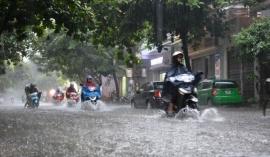 Đợt mưa lớn diện rộng ở Bắc và Trung Bộ đến khi nào chấm dứt?