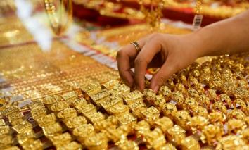 Tin tức kinh doanh 24h ngày 17/9: Giá vàng SJC giảm kỷ lục, Giá xăng dầu tăng