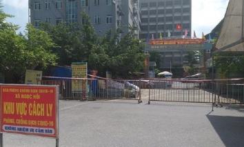 Hà Nội phong tỏa một bệnh viện sau khi 3 nhân viên y tế dương tính với SARS-CoV-2