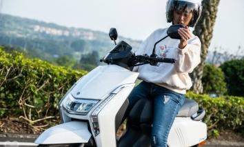 Cận cảnh Yamaha Limi 125 2022 cực tiết kiệm xăng, quyết vượt mặt Honda Vision