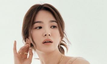 Song Hye Kyo chụp ké vẫn lu mờ vạn vật, xứng danh quốc bảo nhan sắc