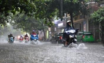 Bắc Bộ và Nam Đồng bằng Bắc Bộ mưa lớn, riêng Hòa Bình có mưa rất to