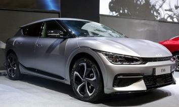 Tin xe hot nhất 14/10: VinFast President đầu tiên rao bán cũ; Lộ diện Honda HR-V bản chạy điện