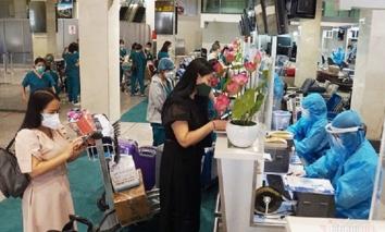 Phản ứng của CDC Hà Nội về đề xuất treo biển trước nhà người về từ TP.HCM, Đà Nẵng