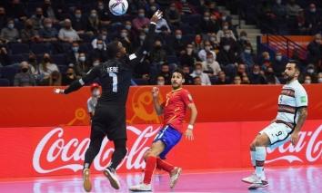 Kết quả Tứ kết World Cup Futsal: Châu Á sạch bóng, 'Bò tót' thua ngược đau đớn