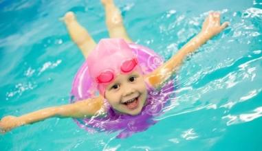 Cách giám sát trẻ nhỏ để phòng ngừa đuối nước