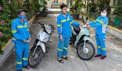 Nữ công nhân bị kẻ gian trấn lột chiếc xe máy nhận 5 niềm vui cùng một lúc, lập tức có hành động đầy cảm phục