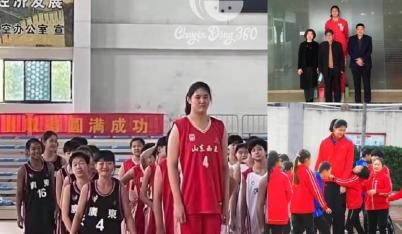 Cô bé 14 tuổi cao 2,27m lấn lướt huyền thoại Yao Ming, 'cân' cả đội bóng rổ của trường