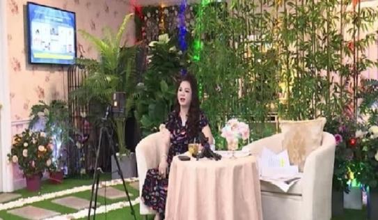 Được dân mạng góp ý, bà Phương Hằng quyết định đổi phong thủy