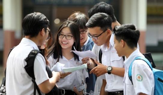 Đề thi thử môn Văn THPT 2021 của một tỉnh giống đề chính thức tới 3 năm liên tiếp
