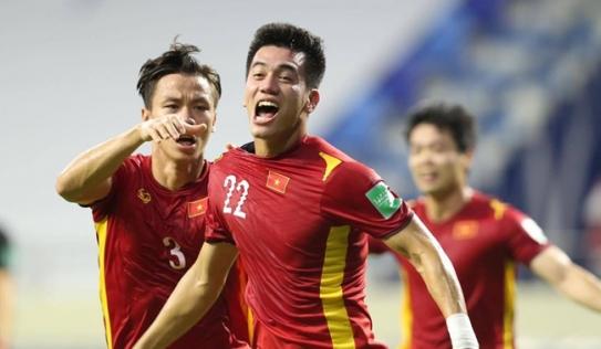 CĐV Thái Lan và Malaysia đồng lòng: 'Hãy làm Đông Nam Á tự hào nhé, đội tuyển Việt Nam'