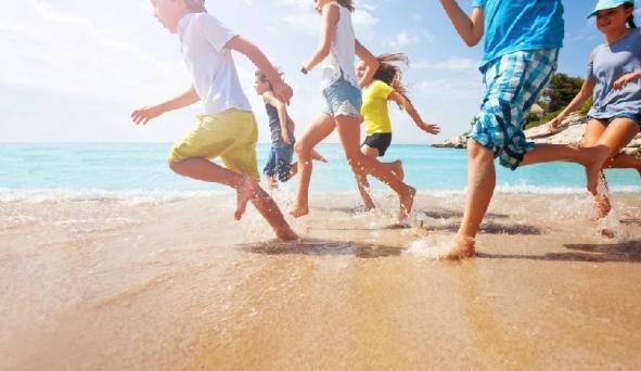 7 típ bảo vệ bé khi đi biển mà nhiều phụ huynh vô tình làm ngơ