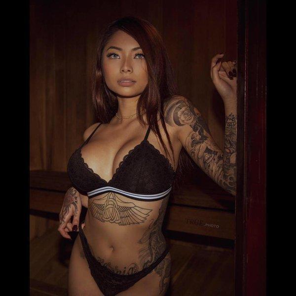 Cassie Trinh Võ: Là hotgirl nóng bỏng, từng có mối tình chóng vánh với rapper Binz 16