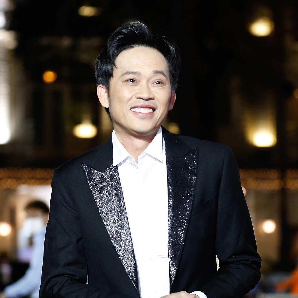 Danh hài Hoài Linh nhận tin không vui sau gần 3 tháng ồn ào lắng xuống 4