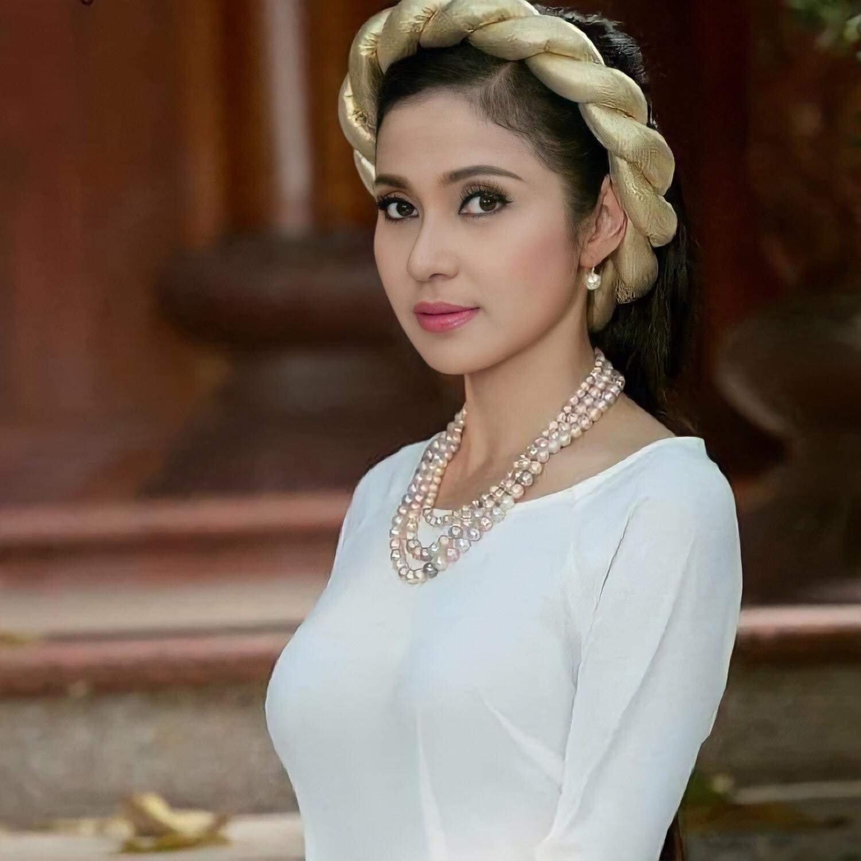 Việt Trinh - người tình tin đồn của Lý Hùng rơi vào trạng thái tâm lý bất ổn vì quá khứ nhiều tổn thương 3
