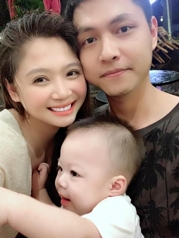 'Bạn trai' Phương Oanh trong 'Hương vị tình thân 2' đã có vợ xinh như hot girl 4
