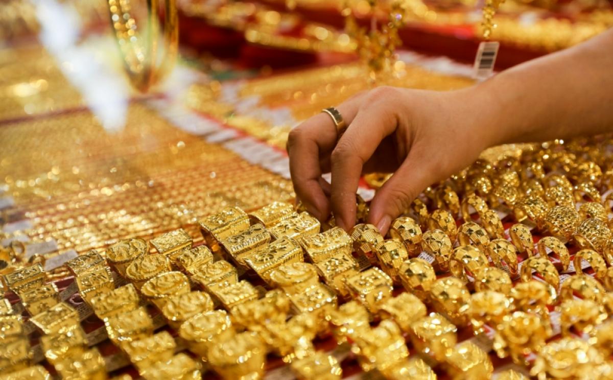 Tin tức kinh doanh 24h ngày 29/7: Giá vàng vọt tăng, Giá Bitcoin gần 40.000 USD 1