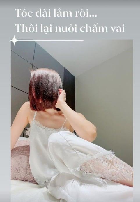 Lệ Quyên lại thách thức khoe ảnh 'giường chiếu', cư dân mạng nhìn mà phát tức vì góc chụp quá hiểm 2