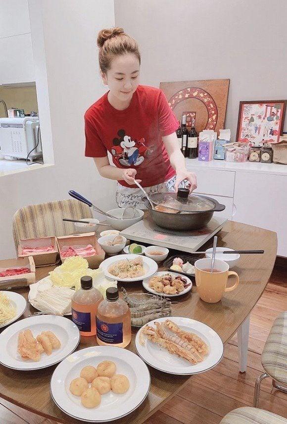 Khó tin hình ảnh đời thường của MC Mai Ngọc sau khi lấy chồng thiếu gia 5