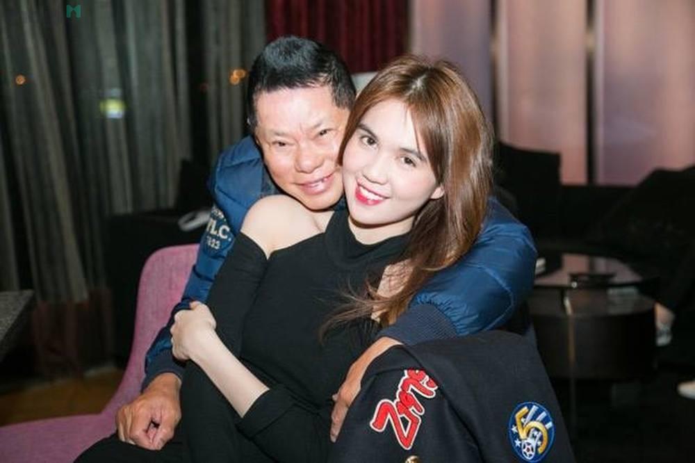 Ngọc Trinh 'vỗ mặt' tình cũ Hoàng Kiều bằng tuyên bố xanh rờn về tiền 2