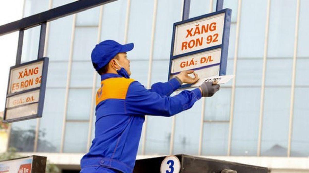 Tin tức kinh doanh 24h ngày 17/9: Giá vàng SJC giảm kỷ lục, Giá xăng dầu tăng 3