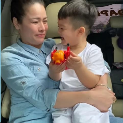 Hết bị chồng cũ trở mặt, Nhật Kim Anh khóc nức nở vì rơi vào hoàn cảnh trớ trêu 2