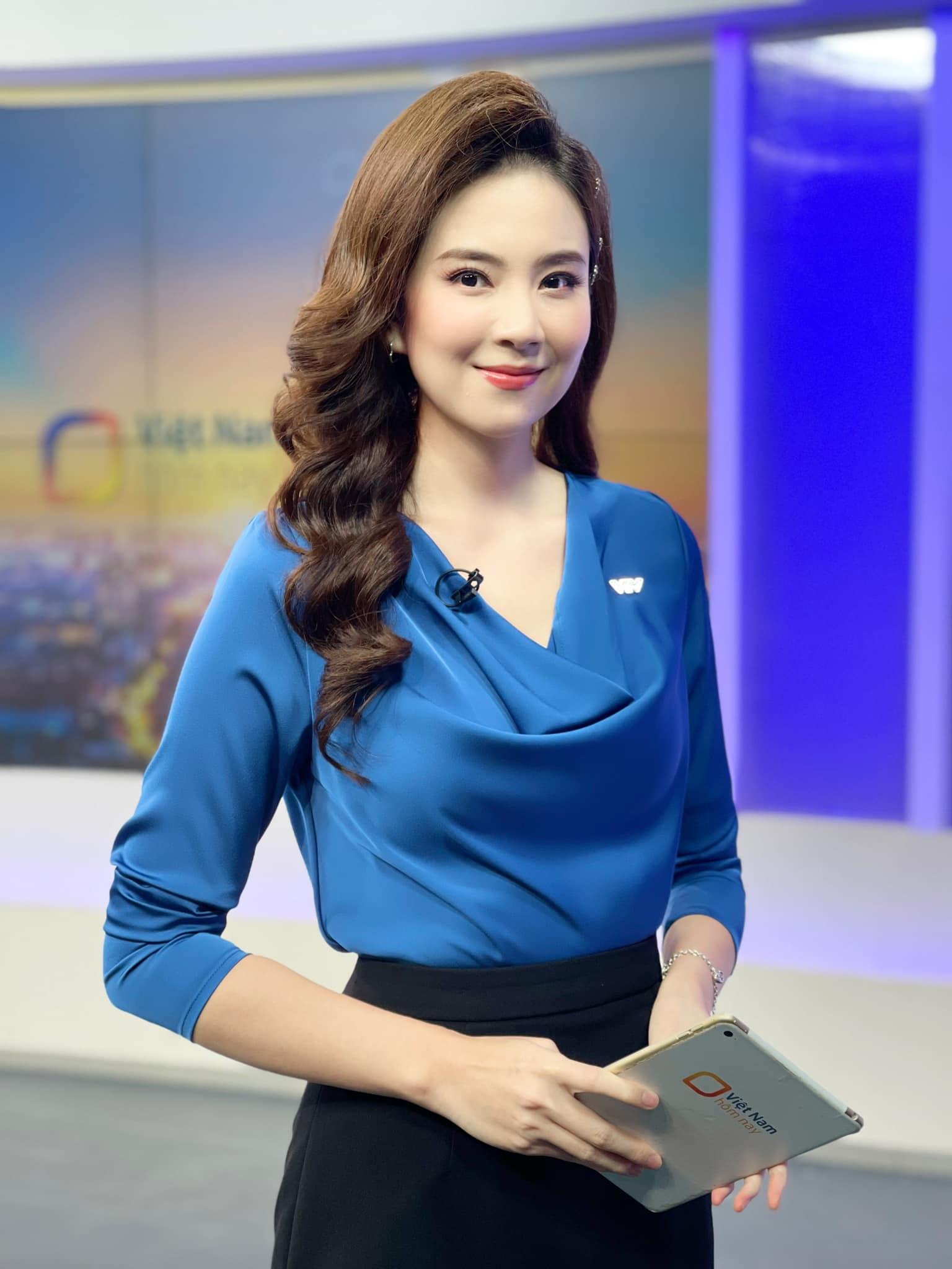 Mai Ngọc VTV phá bỏ hình mẫu nữ BTV 'kín cổng cao tường', khoe sắc vóc nuột nà 4