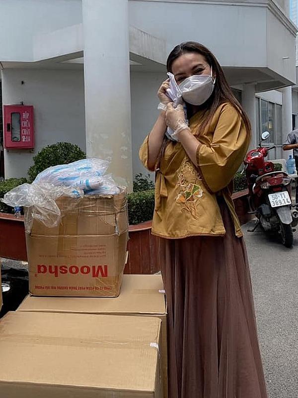 Tình hình sức khỏe của Phi Nhung khiến đồng nghiệp lo lắng, cầu nguyện 2