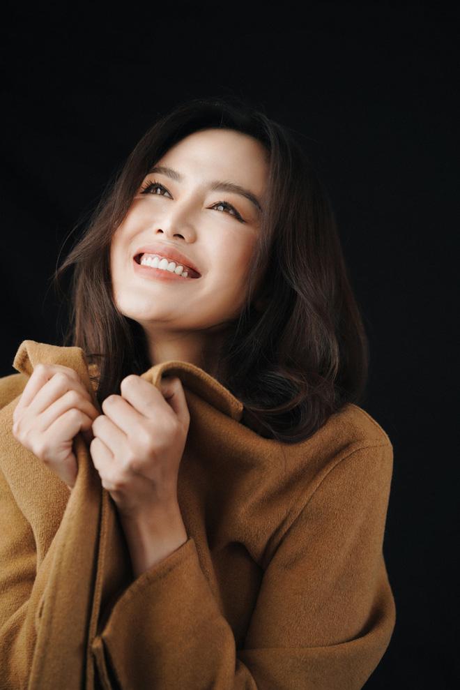 Sau hơn 1 tháng qua đời, Facebook của Hoa hậu Nguyễn Thu Thủy bỗng thay ảnh đại diện 2