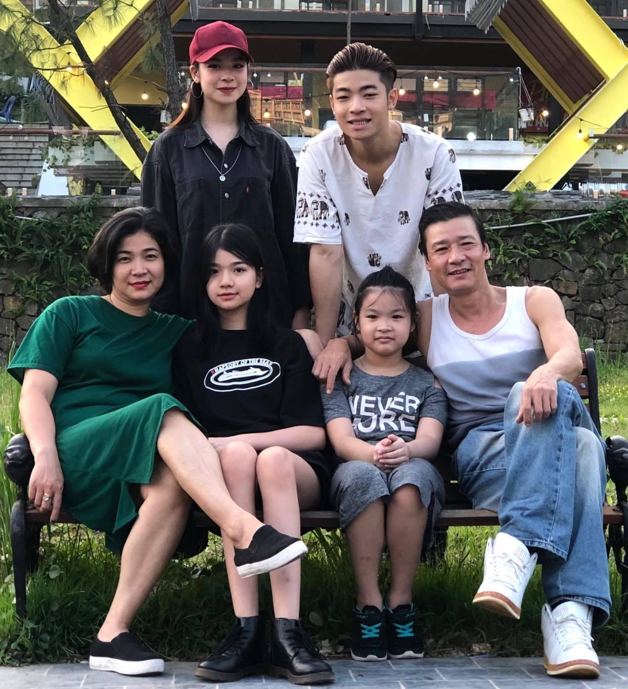 Cuộc sống hạnh phúc hạnh phúc ở tuổi U60 của diễn viên Võ Hoài Nam bên vợ kém 12 tuổi 5