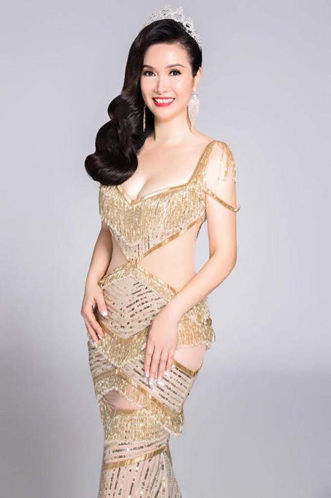 Hoa hậu Bùi Bích Phương lộ nhan sắc ở tuổi U50 sau 33 năm đăng quang 3