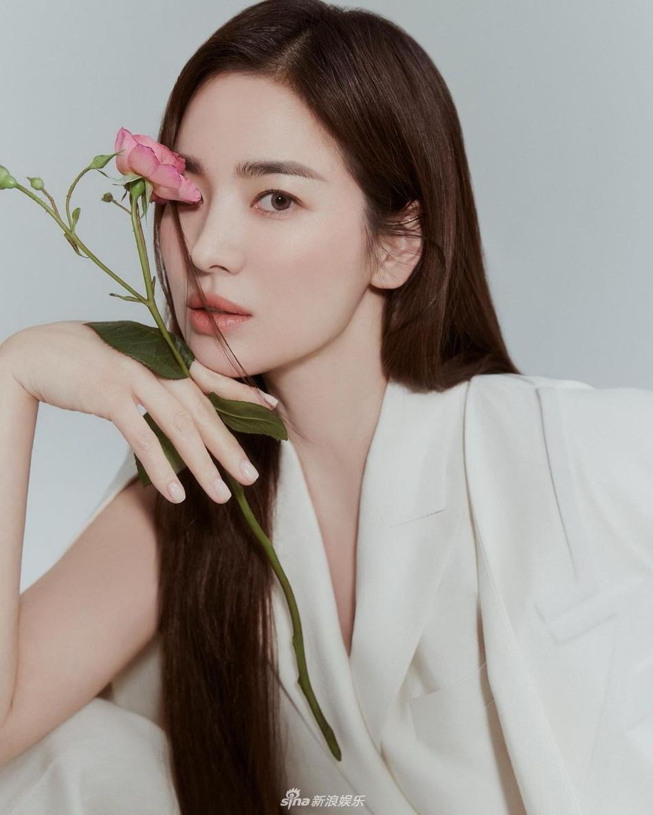 Nhan sắc 'không tuổi' nhưng Song Hye Kyo lại lộ dấu hiệu bệnh của người già 3