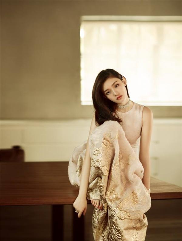 'Nàng thơ' được Châu Tinh Trì 'sủng ái' bị chán ghét tột độ vì quá khứ phức tạp, từng cặp với chồng Triệu Lệ Dĩnh 4