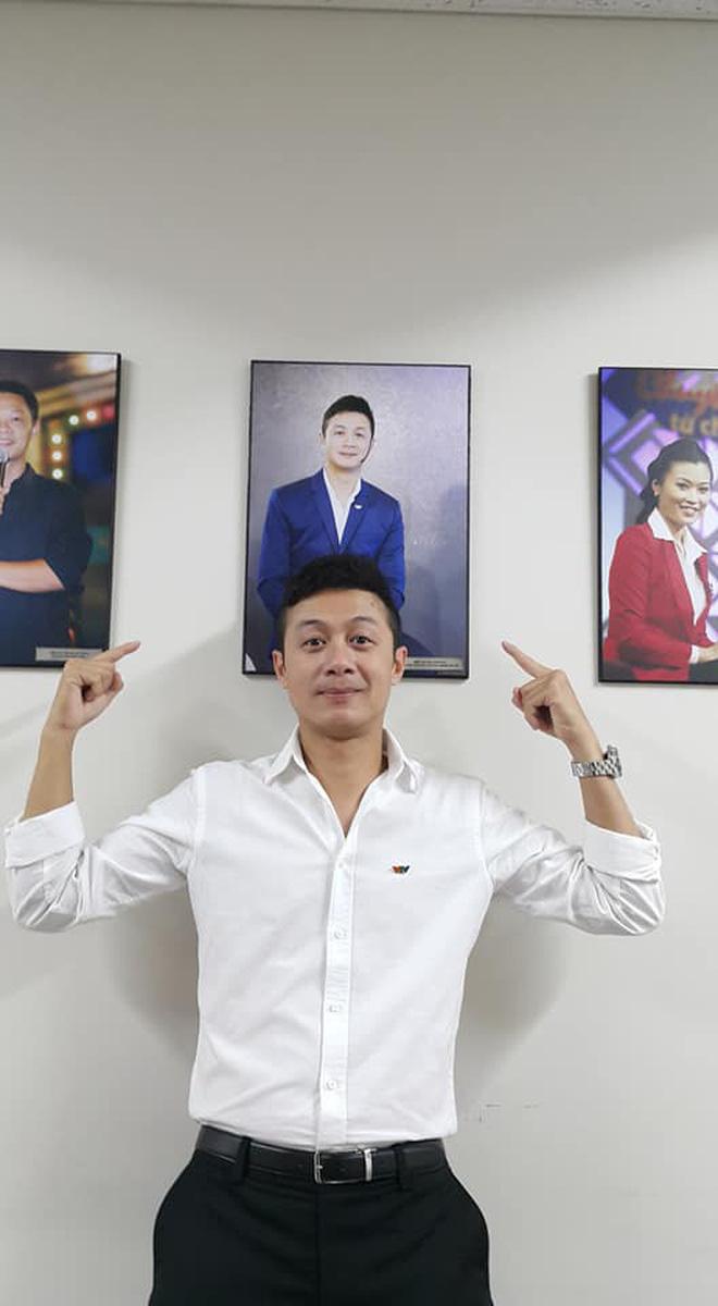 Anh Tuấn - MC ăn ý với Diễm Quỳnh ở VTV 'hack tuổi' đỉnh cao ở U50, kín tiếng trong 2 cuộc hôn nhân 2