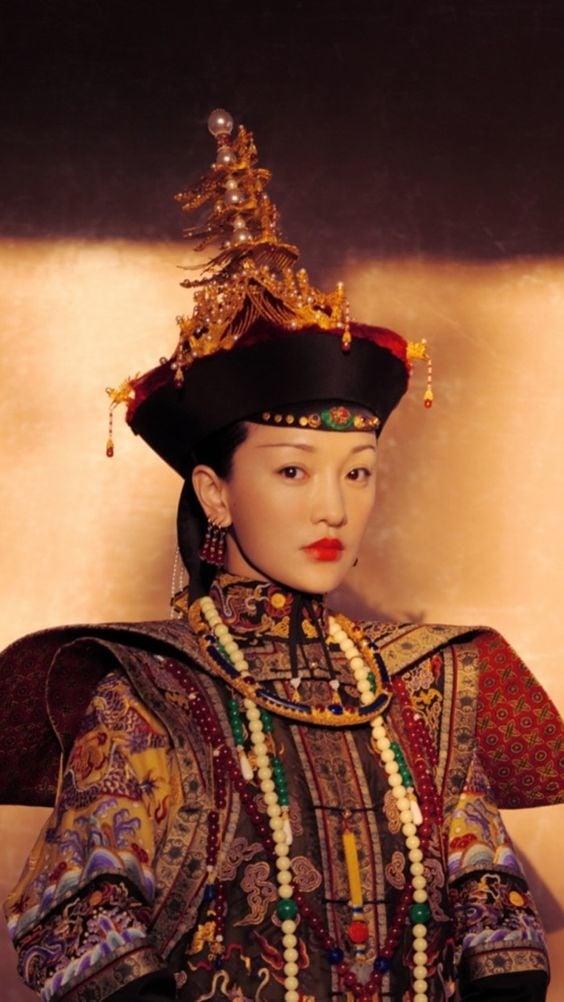 Bộ sưu tập trang phục triệu đô của Châu Tấn trong 'Hậu cung như ý truyện' khiến các 'tỷ muội' đỏ mắt ghen tỵ 1