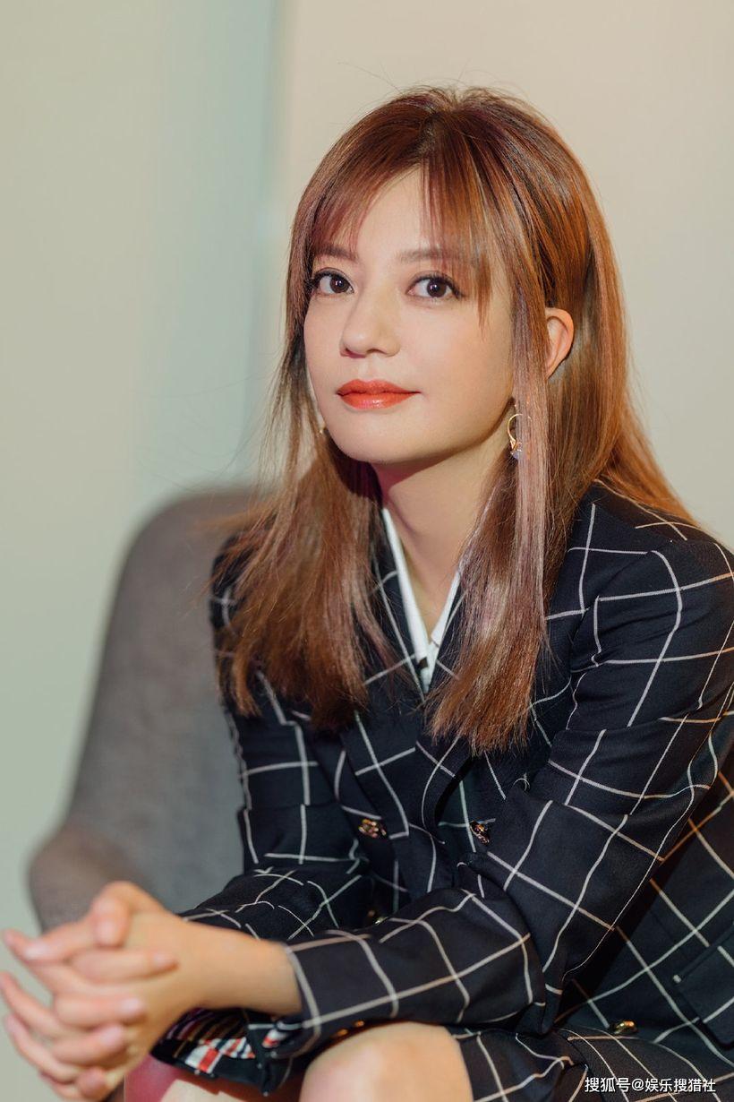 Triệu Vy tiếp tục nhận tin buồn, sắp 'biến mất' khỏi showbiz Hoa ngữ? 2