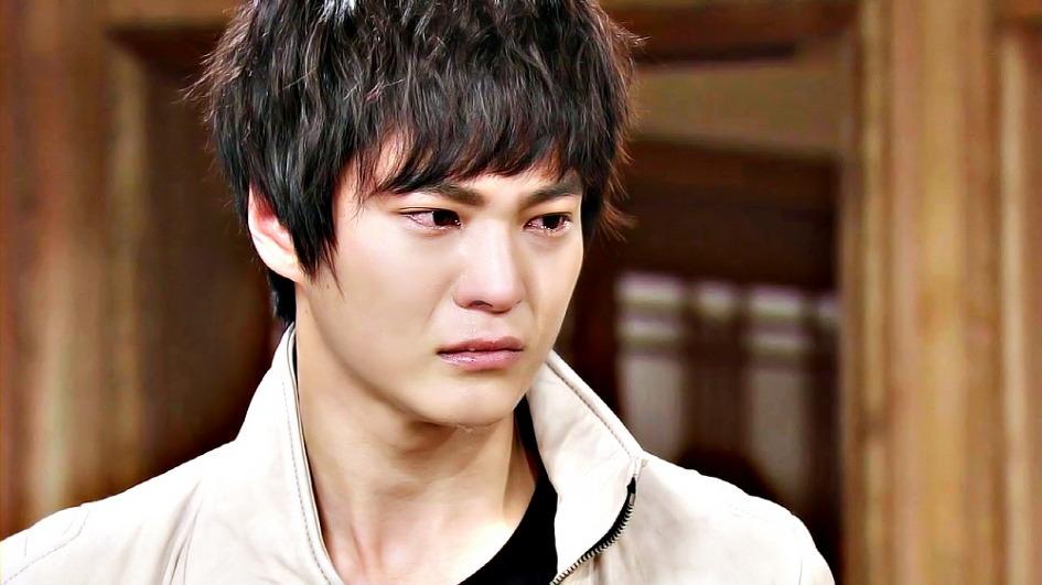 12 nam thần Kbiz rơi lệ trên màn ảnh: Bo Gum, Joong Ki, Jong Suk khóc đến đau thấu tim gan sang trùm cuối lại giả trân muốn 'đội quần' 1