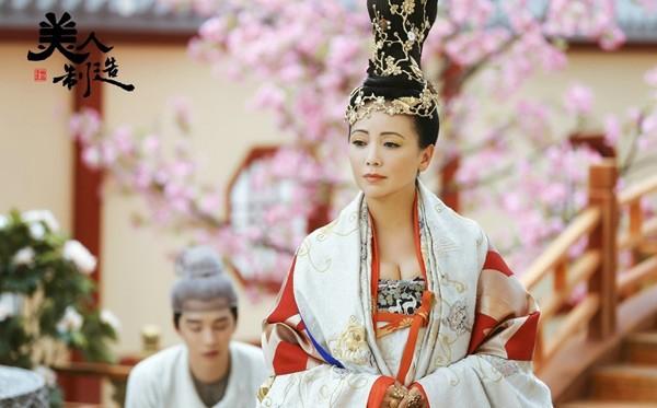 9 mỹ nhân Cbiz tạo hình nữ vương quyền lực trên màn ảnh: Dương Mịch thanh khiết, Phạm Băng Băng cao quý đến trùm cuối vẫn là tượng đài vững chắc 9