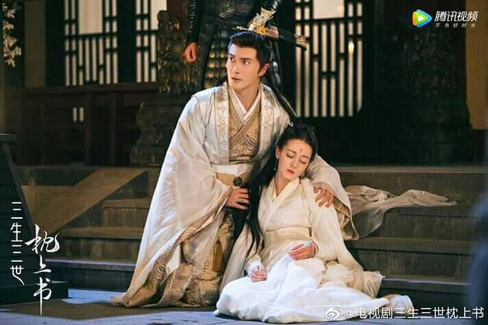 13 soái ca Cbiz vào vai hoàng đế trên màn ảnh: Hứa Khải uy nghiêm, Cao Vỹ Quang 'men-lỳ' nhưng trùm cuối lại ẻo lả không chịu nổi 7