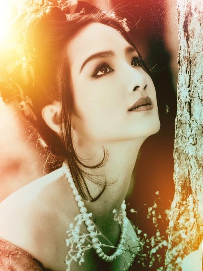 Hoa hậu từng là 'người tình màn ảnh' của Lý Hùng lộ loạt ảnh quá khứ xứng danh 'quốc sắc thiên hương' 2