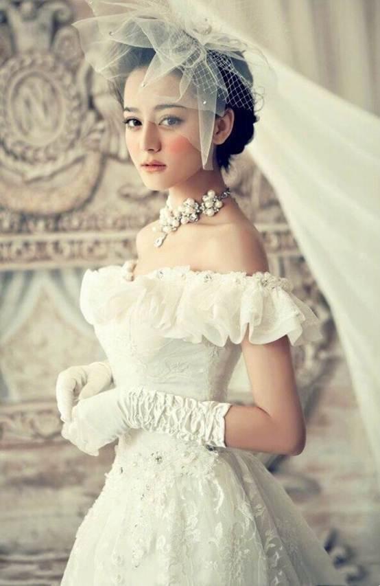 Cảnh Điềm, Địch Lệ Nhiệt Ba và dàn mỹ nhân Cbiz đọ sắc tạo hình cô dâu thời 'ông bà anh': Trùm cuối khiến đàn em 'ngả mũ' 2
